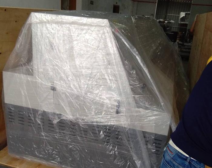 重型机械设备木箱包装打包现场